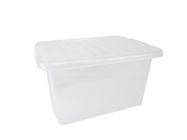 medium plastic boxes